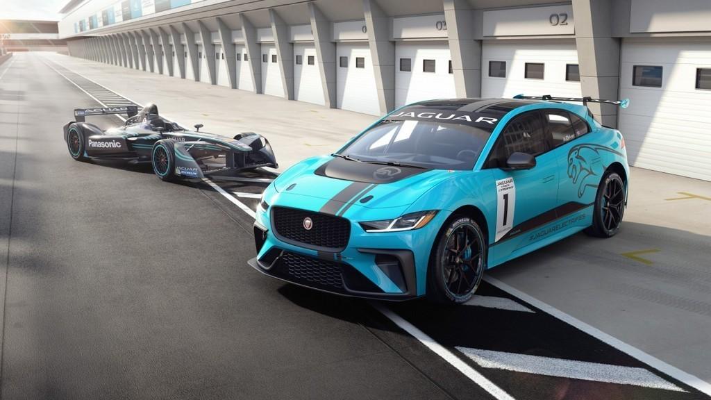 Jaguar elektromos versenyautó